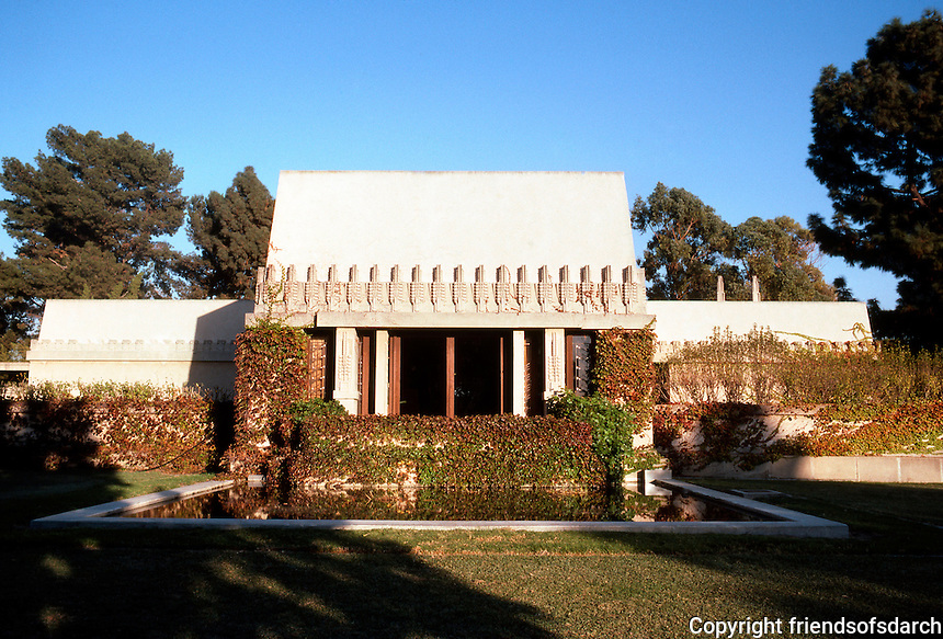 "F.L. Wright: Barnsdall House. ""Hollyhock House"", 1919. Western elevation."