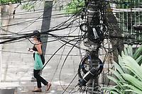 12.12.2019 - MP cobra prazo para teles enterrarem fios em SP