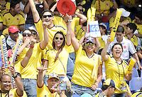 BARRANQUILLA - COLOMBIA -22-03-2013: Hinchas de Colombia, animan a su equipo , durante  partido Colombia - Bolivia en el Estadio Metropolitano Roberto Meléndez en la ciudad de Barranquilla, marzo 22 de 2013. Partido de la 11 ª fecha de las Clasificatorias Sudamericanas para la Copa Mundial de la FIFA Brasil 2014.  Fans of Colombia, cheers for their team during a match Colombia - Bolivia at the Metropolitan Stadium Roberto Melendez in Barranquilla city, on March 16, 2013. Game of the 11th round of the South American Qualifiers for the FIFA World Cup Brazil 2014. (Photo: VizzorImage / Luis Ramirez / Staff.)