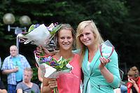 FIERLJEPPEN: GRIJPSKERK: 17-08-2013, 1e Klas wedstrijd, Klaske Nauta en Hilianne van der Wal, ©foto Martin de Jong