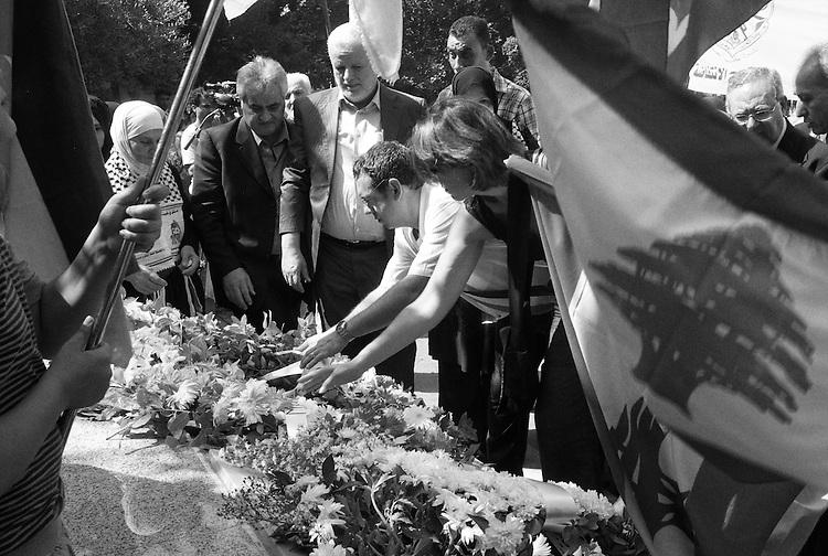 Shatila refugee camp. Marc Everbecq, the mayor of Bagnolet, a small town in the suburbs of Paris, and the french delegation at the annual commemoration of the 1982 Sabra &amp; Shatila massacres. <br />  <br /> Camp de r&eacute;fugi&eacute;s Chatila. Marc Everbecq, le maire de Bagnolet, une petite ville de la banlieue parisienne, et la d&eacute;l&eacute;gation fran&ccedil;aise lors de la comm&eacute;moration annuelle des massacres de Sabra &amp; Chatila en 1982.