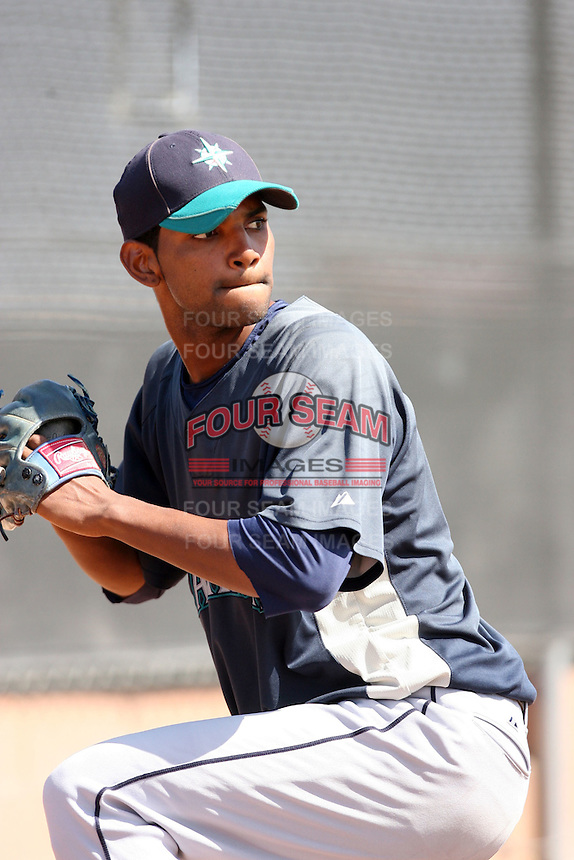 Fray Martinez, Seattle Mariners 2010 minor league spring training..Photo by:  Bill Mitchell/Four Seam Images.