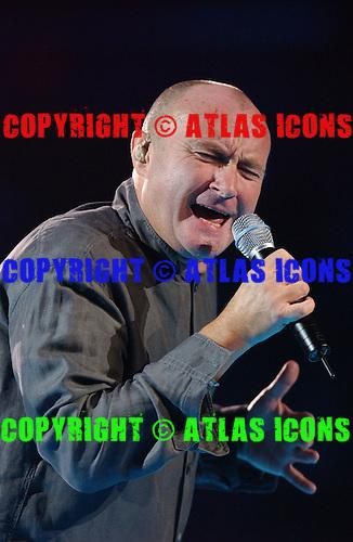 SUNRISE FL - SEPTEMBER 30 :  Phil Collins performs at Office Depot Center on September 30, 2004 in Sunrise, Florida. : Credit Larry Marano (C) 2004