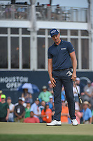 Henrik Stenson (SWE) watches his putt on 18 during round 4 of the Houston Open, Golf Club of Houston, Houston, Texas. 4/1/2018.<br /> Picture: Golffile | Ken Murray<br /> <br /> <br /> All photo usage must carry mandatory copyright credit (&copy; Golffile | Ken Murray)