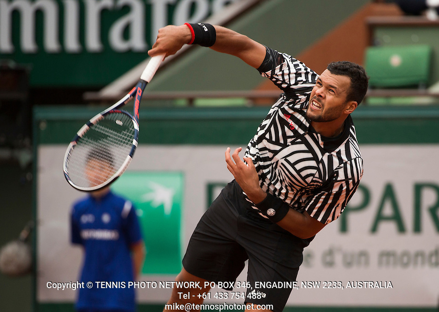 JO-WILFRIED TSONGA (FRA)<br /> <br /> TENNIS - FRENCH OPEN - ROLAND GARROS - ATP - WTA - ITF - GRAND SLAM - CHAMPIONSHIPS - PARIS - FRANCE - 2016  <br /> <br /> <br /> <br /> &copy; TENNIS PHOTO NETWORK