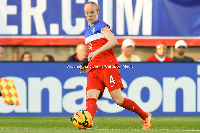 June 19, 2014 - East Hartford, Conn. U.S. - United State's Becky Sauerbrunn (4) in game action during the USA Women's Soccer friendly game between USA and France held at Rentschler Field in East Hartford Connecticut. The match ended with a 2-2 tied score. Eric Canha/CSM
