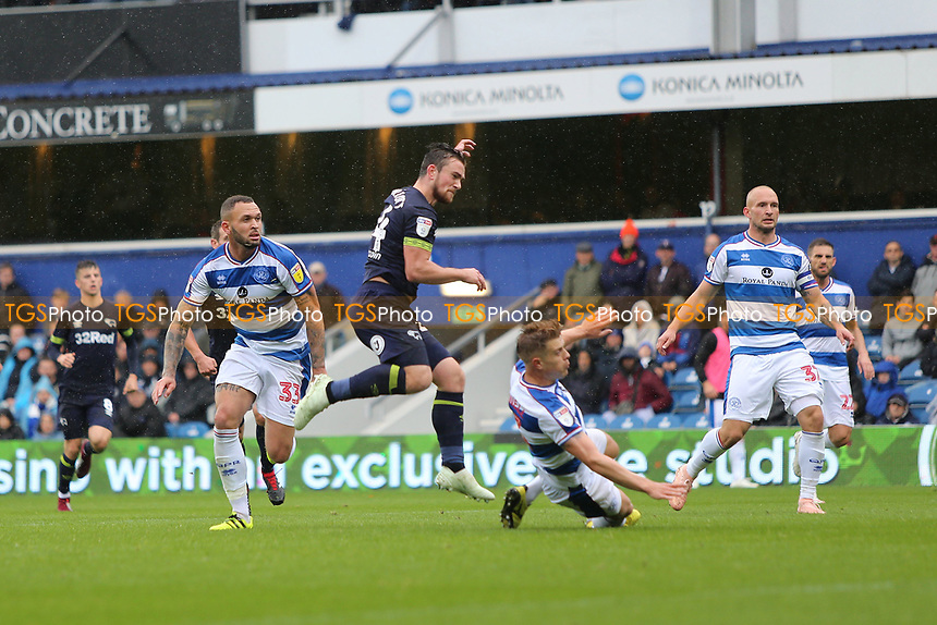 Jack Marriott of Derby County scores the opening goal during Queens Park Rangers vs Derby County, Sky Bet EFL Championship Football at Loftus Road Stadium on 6th October 2018