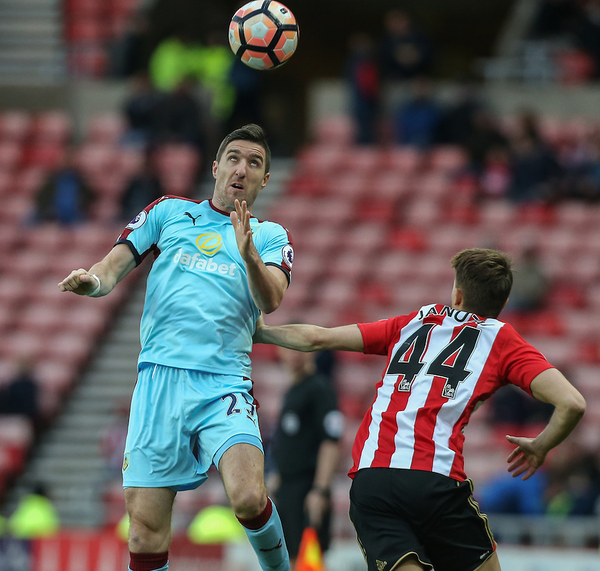 Burnley's Stephen Ward beats Sunderland's Adnan Januzaj to a header<br /> <br /> Photographer Alex Dodd/CameraSport<br /> <br /> Emirates FA Cup Third Round - Sunderland v Burnley - Saturday 7th January 2017 - Sunderland Stadium of Light - Sunderland<br />  <br /> World Copyright &copy; 2017 CameraSport. All rights reserved. 43 Linden Ave. Countesthorpe. Leicester. England. LE8 5PG - Tel: +44 (0) 116 277 4147 - admin@camerasport.com - www.camerasport.com