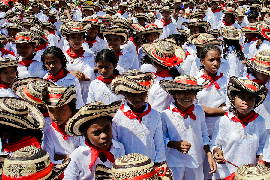 colombian people essay Free essay: in columbia there are five main purveyors of violence, the farc-ep (revolutionary armed forces of columbia, people's army), the eln (army of.