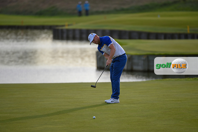 Alex Noran (Team Europe) watches his long birdie attempt on 18 during Sunday's singles of the 2018 Ryder Cup, Le Golf National, Guyancourt, France. 9/30/2018.<br /> Picture: Golffile | Ken Murray<br /> <br /> <br /> All photo usage must carry mandatory copyright credit (© Golffile | Ken Murray)