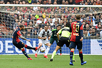 Stefano Sturaro of Genoa scores first goal for his side during the Serie A 2018/2019 football match between Genoa CFC and Juventus FC at stadio Luigi Ferraris, Genova, March 17, 2019 <br /> Photo Andrea Staccioli / Insidefoto