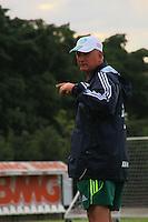 SAO PAULO, 10 DE MAIO DE 2012. TREINO  DO PALMEIAS. O técnico Luis FelipeScolari durante o treino do Palmeiras na tarde desta quinta feira   na Academia de Futebol em São Paulo. FOTO: ADRIANA SPACA - BRAZIL PHOTO PRESS