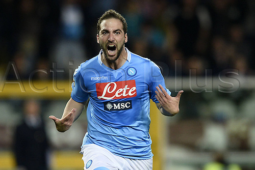 17.03.2014. Torino, Italy. Serie A football. Torino versus Napoli.  Goal celebrations from Gonzalo Higuain for the winning goal late in the game