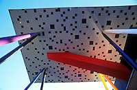 Canada, Ontario, Toronto, Ontario College of Art, building designed by architect Will Alsop