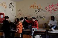 Roma, 30 Novembre 2016<br /> Liceo artistico Argan, assemblea.<br /> Studentesse e studenti occupano la scuola contro la riforma del Governo Renzi.<br /> Murales, pulizie, corsi e assemblee in autogestione.