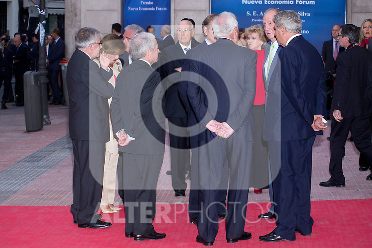 "02.10.2012. King Juan Carlos I of Spain attends the delivery of the ""New Economy Forum Awards 2011 and 2012"" to the Portuguese Republic and the Italian Republic, in the person of its Presidents, Anibal Cavaco Silva and Giorgio Napolitano respectively, at the Teatro de la Zarzuela in Madrid, Spain. In the image King Juan Carlos talking to the attendees (Alterphotos/Marta Gonzalez)"