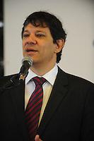SAO PAULO, SP, 17.12.2013 -O prefeito Fernando Haddad(PT) participa do conselho da cidade de São Paulo na Praça das Artes centro de São Paulo.Foto: Adriano Lima / Brazil Photo Press).