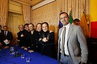 i Pooh vengono accolti da sindaco di Napoli Luigi De Magistris