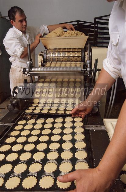 Europe/France/Bretagne/29/Finistère/Plogoff: Biscuiterie de la pointe du Raz - Fabrication des galettes bretonnes