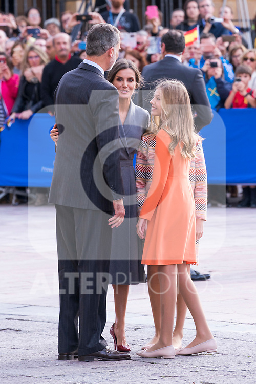 King Felipe VI, Queen Letizia and  Infant Sofia of Spain during the arrival to Oviedo because of the Princess of Asturias Awards 2019 . October 17, 2019.. (ALTERPHOTOS/ Francis Gonzalez)