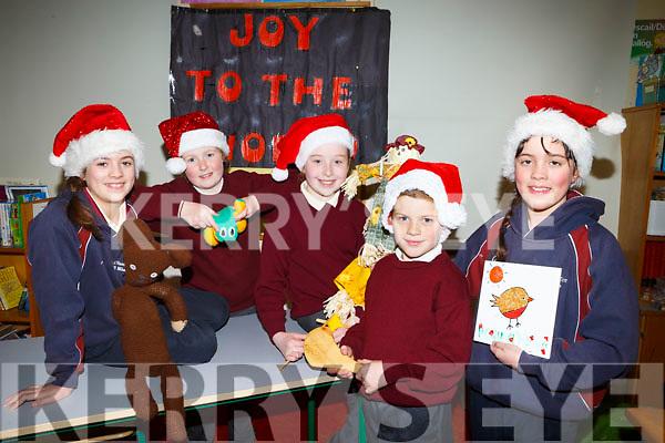 Kilmoyley National School Christmas Craft Fair Launch, takes place on Sunday December 3rd at 11am in the Community Centre. Pictured Caoilinn Kenny O'Sullivan, Caoimhe O'Regan, Grainne Carroll, Ryan O'Hara, Cara Kenny O'Sullivan