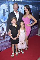 Ian Ziering mit Ehefrau Erin Kristine Ludwig und Kindern Mia Loren Ziering und Penna Mae Ziering at the premiere of SyFy TV-Film Zombie Tidal Wave at the Garland Hotel in Los Angeles, California August 12, 2019. Credit: Action Press/MediaPunch ***FOR USA ONLY***