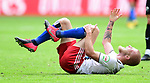 Verletzung, Rick van Drongelen (HSV)<br />Hamburg, 28.06.2020, Fussball 2. Bundesliga, Hamburger SV - SV Sandhausen<br />Foto: Tim Groothuis/Witters/Pool//via nordphoto<br /> DFL REGULATIONS PROHIBIT ANY USE OF PHOTOGRAPHS AS IMAGE SEQUENCES AND OR QUASI VIDEO<br />EDITORIAL USE ONLY<br />NATIONAL AND INTERNATIONAL NEWS AGENCIES OUT