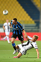 Stefan de Vrij of FC Internazionale and Andreas Cornelius of Parma compete for the ball during the Serie A football match between Parma and FC Internazionale at stadio Ennio Tardini in Parma ( Italy ), June 28th, 2020. Play resumes behind closed doors following the outbreak of the coronavirus disease. <br /> Photo Andrea Staccioli / Insidefoto