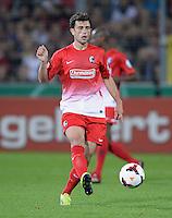 FUSSBALL   DFB POKAL 2. RUNDE   SAISON 2013/2014 SC Freiburg - VfB Stuttgart      25.09.2013 Admir Mehmedi (SC Freiburg) am Ball