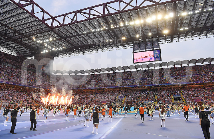 FUSSBALL  CHAMPIONS LEAGUE  FINALE  SAISON 2015/2016   Real Madrid - Atletico Madrid                   28.05.2016 Eröffnungszeremonie im Giuseppe-Meazza-Stadion in Mailand
