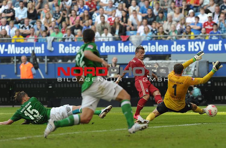 04.08.2012, Imtech Arena, Hamburg, GER, LIGA total! Cup 2012, FC Bayern M&uuml;nchen / Muenchen vs Werder Bremen, im Bild Xherdan Shaqiri (Muenchen #11) schie&szlig;t das Tor, Sebastian Pr&ouml;dl / Proedl (Bremen #15, links) kann nichts machen, Sebastian Mielitz (Bremen #1) auch nicht<br /> <br /> // during the match FC Bayern Muenchen vs Werder Bremen on 2012/08/04, Imtech Arena, Hamburg, Germany.<br /> Foto &copy; nph / Frisch *** Local Caption ***