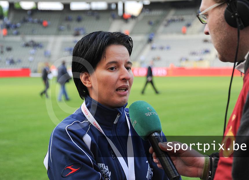 15 Mei 2010 Bekerfinale vrouwen : Sinaai Girls - RSC Anderlecht  : Tamara Cassimon in interview met Tom Boudeweel.foto DAVID CATRY / Vrouwenteam.be