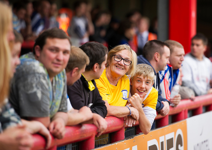 Preston North End fans arriving early at Griffin Park for the Brentford game<br /> <br /> Photographer Ashley Western/CameraSport<br /> <br /> Football - The Football League Sky Bet Championship - Brentford v Preston North End - Saturday 19th September 2015 - Griffin Park - London<br /> <br /> &copy; CameraSport - 43 Linden Ave. Countesthorpe. Leicester. England. LE8 5PG - Tel: +44 (0) 116 277 4147 - admin@camerasport.com - www.camerasport.com