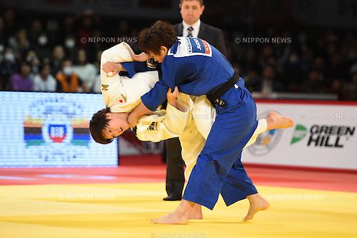 (L-R) Chizuru Arai, Yoko Ono (JPN), <br /> DECEMBER 5, 2015 - Judo : <br /> IJF Grand Slam Tokyo 2015 International Judo Tournament <br /> Women's -70kg final <br /> at Tokyo Metropolitan Gymnasium, Tokyo, Japan. <br /> (Photo by AFLO SPORT)