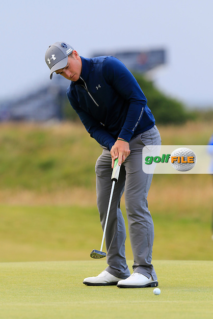 Paul DUNNE (AM)(IRL) putts on the 17th green during Sunday's Round 3 of the 144th Open Championship, St Andrews Old Course, St Andrews, Fife, Scotland. 19/07/2015.<br /> Picture Eoin Clarke, www.golffile.ie