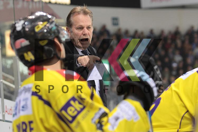 ERC Ingolstadt - Krefeld Pinguine<br /> Krefelds Trainer Rick Adduono  beim Spiel in der DEL ERC Ingolstadt - Krefeld Pinguine.<br /> <br /> Foto &copy; PIX-Sportfotos *** Foto ist honorarpflichtig! *** Auf Anfrage in hoeherer Qualitaet/Aufloesung. Belegexemplar erbeten. Veroeffentlichung ausschliesslich fuer journalistisch-publizistische Zwecke. For editorial use only.