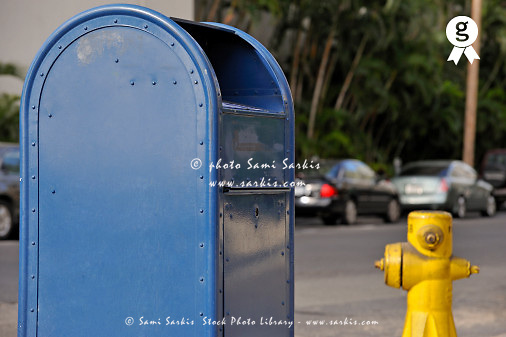 US post street mailbox and fire hydrant, Honolulu, Oahu Island, Usa (Licence this image exclusively with Getty: http://www.gettyimages.com/detail/85985789 )