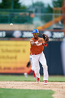 Victor Gonzalez (6) throws to first base during the Dominican Prospect League Elite Underclass International Series, powered by Baseball Factory, on July 21, 2018 at Schaumburg Boomers Stadium in Schaumburg, Illinois.  (Mike Janes/Four Seam Images)