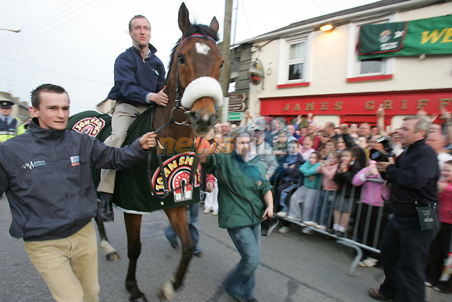 33-1 Winner of the English Grand National Silver Birch arrives back in its home town of Trim in Co Meath, with Jockey Robbie Power and Trainer..Photo: Fran Caffrey/ Newsfile.