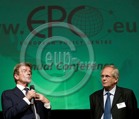 BRUSSELS - BELGIUM - 26 MAY 2008 -- European Policy Centre (EPC) Annual Conference. -- Bernard KOUCHNER (Le), Foreign Minister of France with Hans MARTENS, EPC Chief Executive. -- PHOTO: Juha ROININEN / EUP-IMAGES