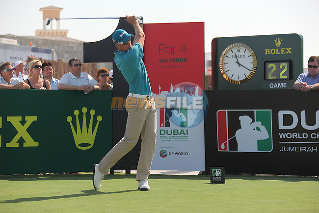 Dubai World Championship Golf. Earth Course,.Jumeirah Golf Estate, Dubai, U.A.E...Henrik Stenson teeing off from the first during the first round of the Dubai World Golf championship..Photo: Fran Caffrey/www.golffile.ie...