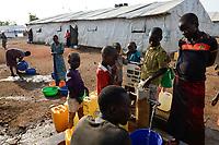 UGANDA, Arua, south sudanese refugees in Bidi Bidi refugee settlement / suedsudanesische Fluechtlinge im Fluechtlingslager Bidi Bidi
