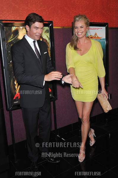 """Jerry O'Connell & wife Rebecca Romijn at the Los Angeles premiere of his new movie """"Piranha 3D"""" at Mann's Chinese 6 Theatre, Hollywood..August 18, 2010  Los Angeles, CA.Picture: Paul Smith / Featureflash"""