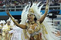 SAO PAULO, SP, 18 DE FEVEREIRO 2012 - CARNAVAL SP - DRAGOES DA REAL - Rainha da Bateria Simone Sampaio no Desfile da escola de samba Dragoes da Real na segunda noite do Carnaval 2012 de São Paulo, no Sambódromo do Anhembi, na zona norte da cidade, neste sábado.(FOTO: LEVI BIANCO - BRAZIL PHOTO PRESS).
