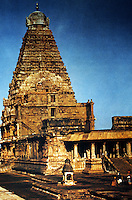 India: Monument, 985-1012. The Vimana rises 60 meters above the Holy of Holies.