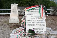 Il Museo del Monte San Michele, una delle montagne pi&ugrave;' tristemente famose per le sue cruente battaglie. Una lapide ricorda i soldati ungheresi e dietro un'altra targa ricorda l'artiglieria italiana<br /> The museum of Saint Michael Mount, famous for it's bloody battles<br /> Monte San Michele 03-09-2014 Lungo tutto il confine del Friuli Venezia Giulia, e nella fattispecie nella zona del Carso isontino, si snoda quello che durante la Prima Guerra Mondiale, o Grande Guerra, era chiamato il fronte orientale, conteso tra l'esercito italiano e quello austro-ungarico. La zona del fiume Isonzo, obiettivo strategico, fu teatro di ben 11 battaglie e di una estenuante guerra di posizione, costata la vita migliaia di soldati. Numerose sono ancora le testimonianze di quei terribili giorni sulle colline isontine, per cui, con i patrocinio della comunit&agrave;' europea, sono stati costituiti dei veri 'musei all' aperto' con percorsi che permettono di visitare i luoghi pi&ugrave;' importanti di quelle battaglie.<br /> Along the northern borders of Friuli Venezia Giulia, Italy, was part of the called Eastern Front during the 'World War I' also said the 'Great War'. The Isonzo river, a strategic target, was theatre of 11 battles between italian and Austro-Hungarian troops, where hundred thousand soldiers lost their lives. <br /> To remember that war, a series of 'open air museums' where established, along the most important places where the battles took place and where is still possible to see trenched systems, hospitals, mass graves, barbed wire ecc.<br /> Photo Samantha Zucchi Insidefoto