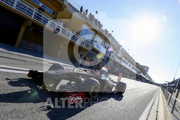 02.02.2011, Street Circuit, Jerez, ESP, Formel 1 Test 1 Valencia 2011,  im Bild Robert Kubica (POL), Lotus Renault GP Foto © nph / Dieter Mathis
