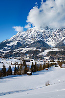 Austria, Salzburger Land, Pinzgau, village Leogang at Leogang Valley with Leoganger Steinberge mountains, summit Birnhorn (2.634 m) | Oesterreich, Salzburger Land, Pinzgau, Dorf Leogang im Leoganger Tal vor den Leoganger Steinbergen mit dem Birnhorn (2.634 m)