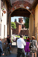 "La Abbazia di Morimondo, paese in provincia di Milano annoverato tra ""i borghi più belli d'Italia"" --- The Abbey of Morimondo, small village in the province of Milan, rated within the ""most beautiful villages in Italy""."