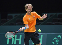 Switserland, Genève, September 16, 2015, Tennis,   Davis Cup, Switserland-Netherlands, Practise Dutch team, Matwe Middelkoop <br /> Photo: Tennisimages/Henk Koster